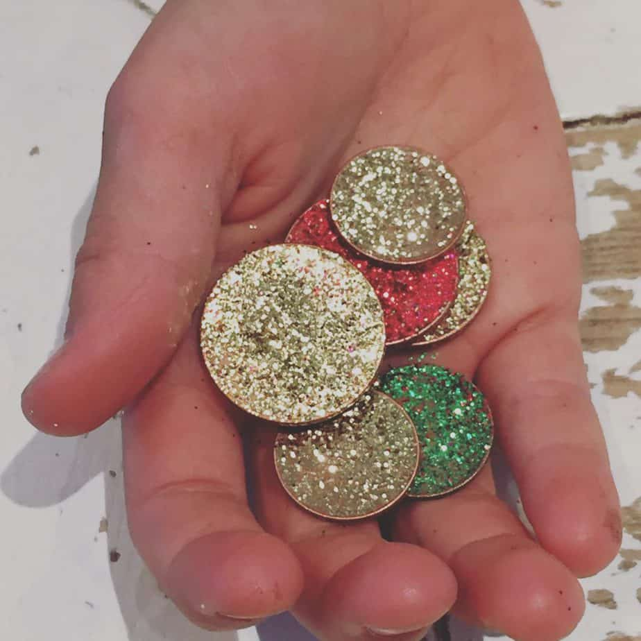 Magical Glitter DIY Tooth Fairy Coins. Perfect for magical play and for gifts from the On-Duty Tooth Fairy from the International Fairy Service!