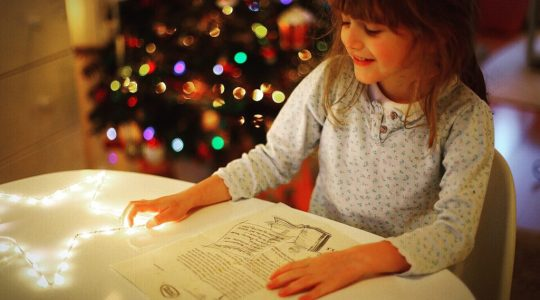 Reading a Special Elf letter at Christmas - International Elf Service