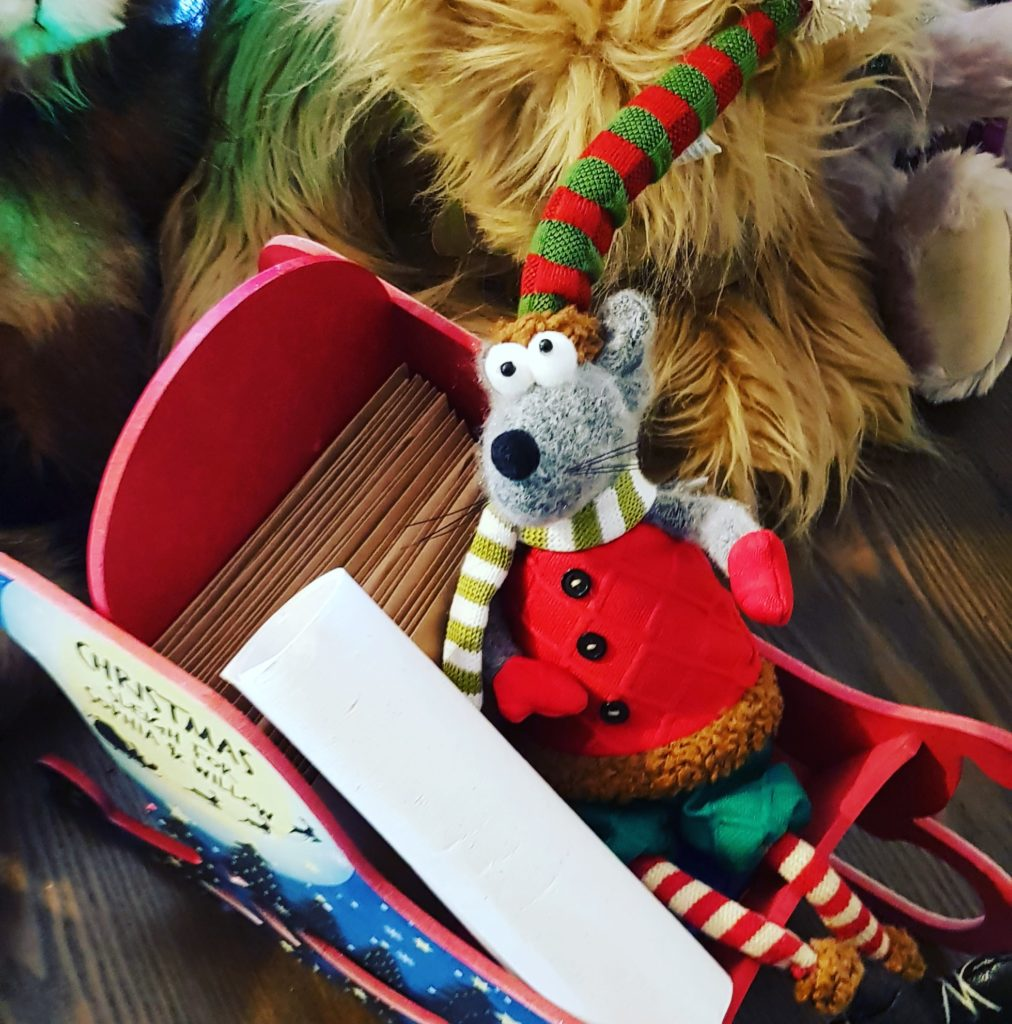Handcrafted personalised letter bundles from the North Pole, for you to deliver on the Elves' behalf ... by their toothbrushes, sticking out of a welly or caught up with the rest of your mail. Enjoy! The original magical Christmas tradition from the International Elf Service