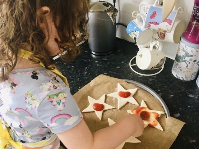Making Christmas Tree Pizza & Christmas Star Pizzas with the International Elf Service Blog